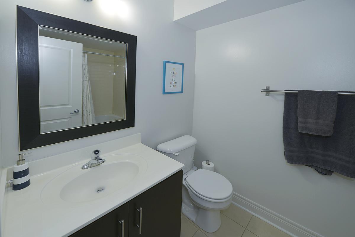 bathroom_1200.jpg