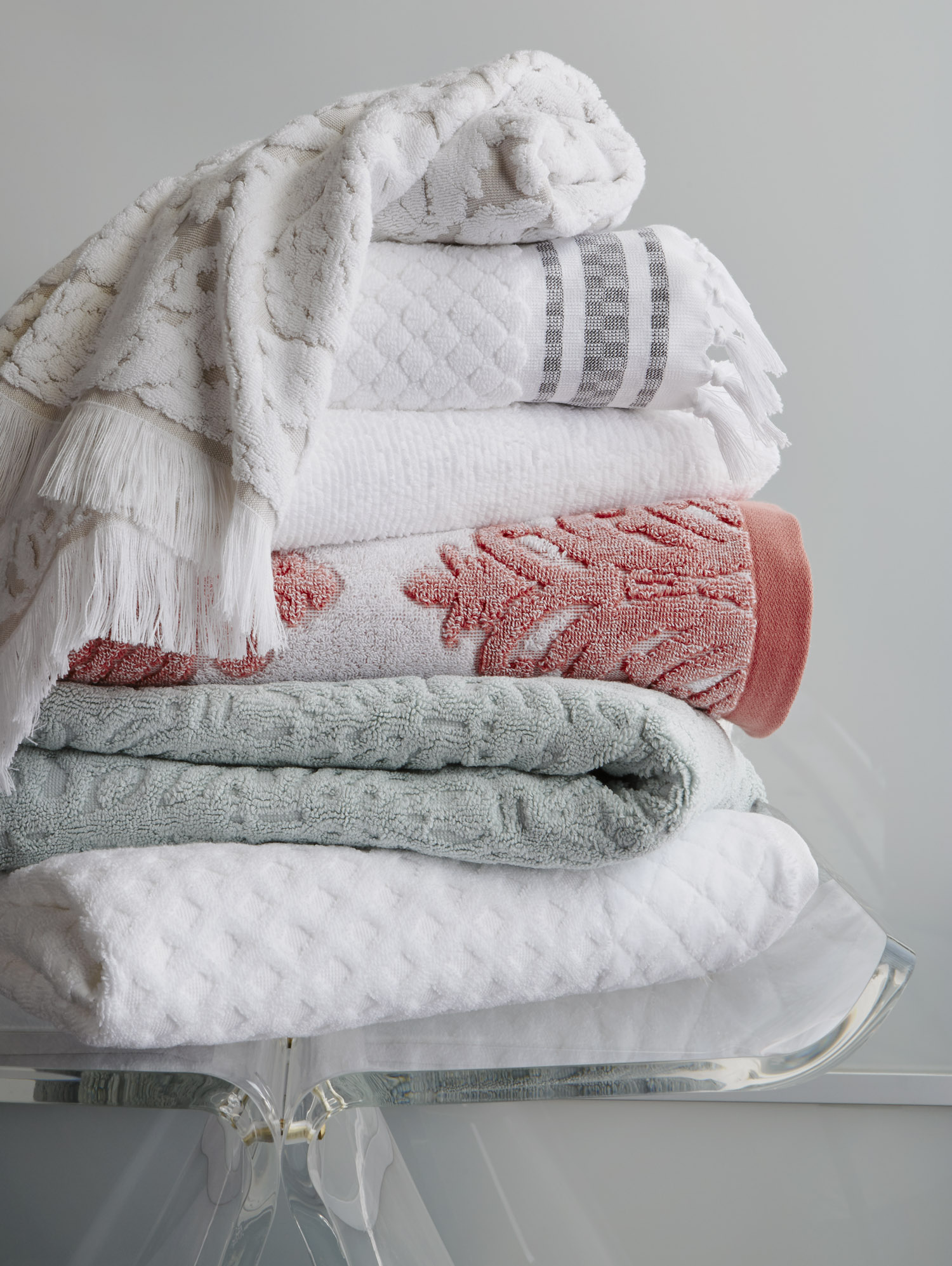 26_TOWELS_H216_GS.jpg