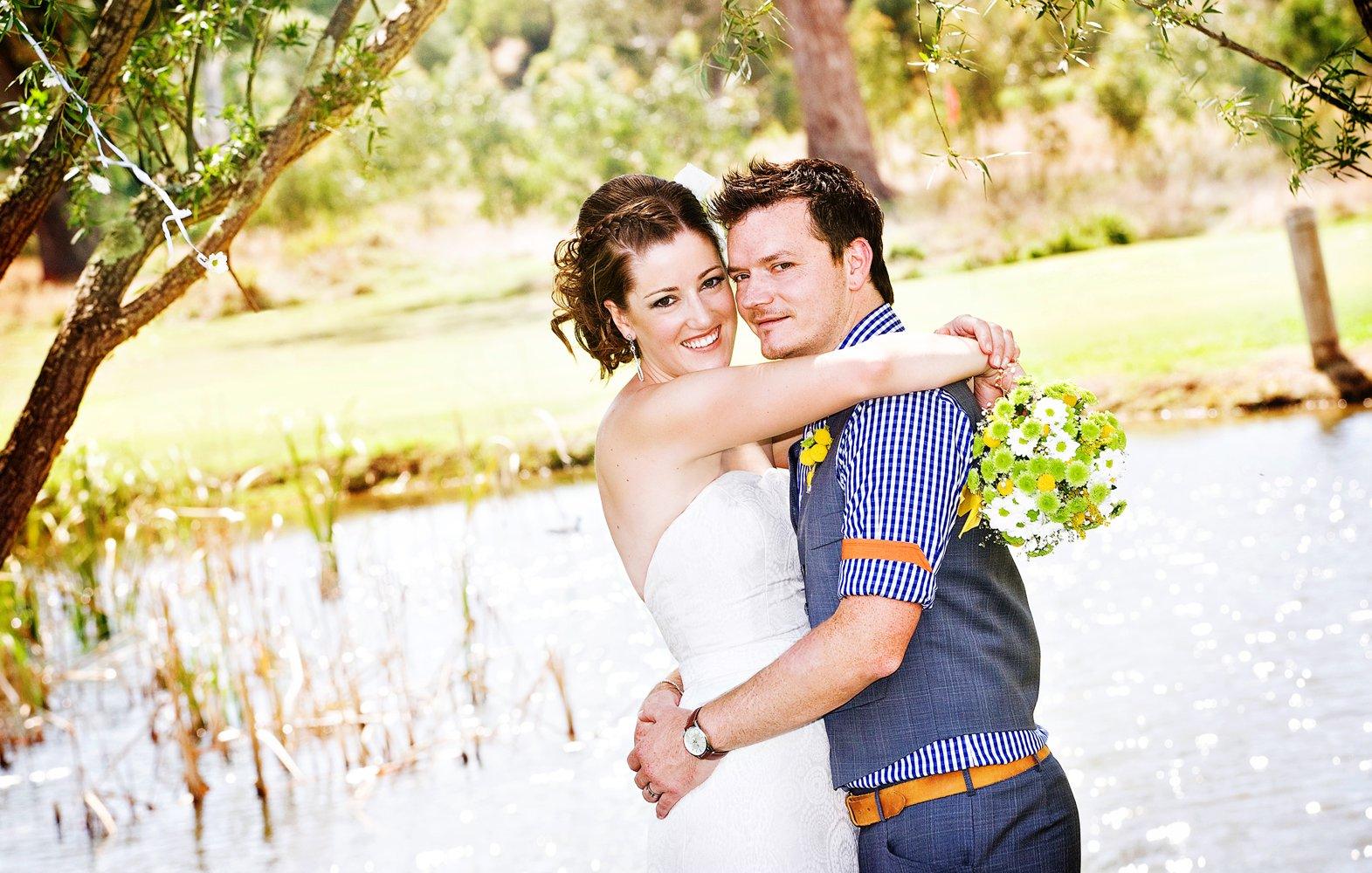 professional wedding albums in Perth online