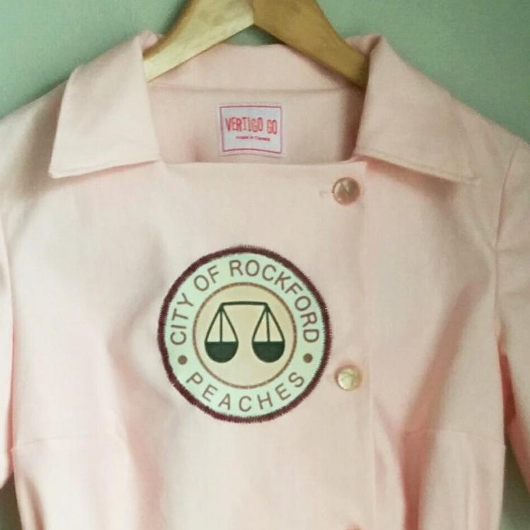 Rockford Peaches logo details. Made by Vertigo Go.
