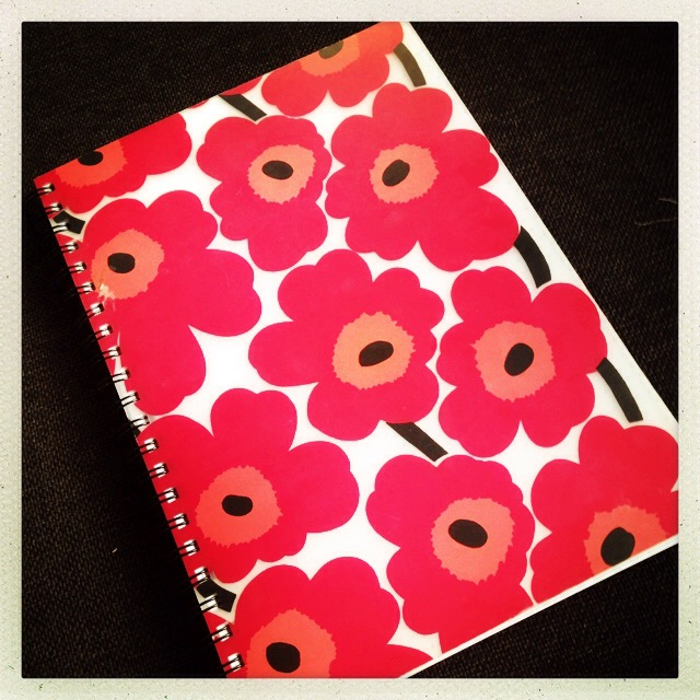 Min Marimekko-bok.