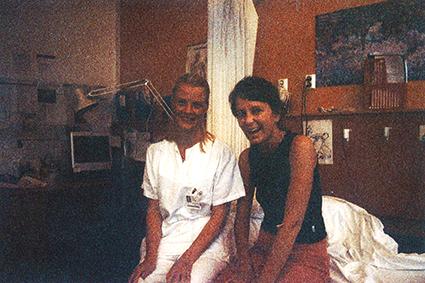 I tiden jeg er innlagt ved Ullevål Sykehus, har jeg totalt fire fysioterapeuter. Dette er den første. Hun kom på besøk til meg da jeg var innlagt ved Slagavdelingen.