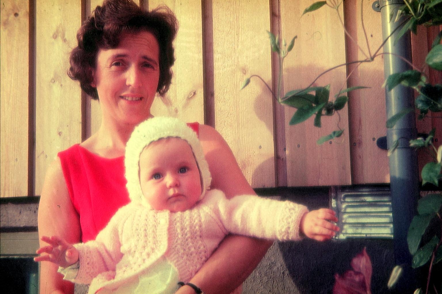 Mamman min og meg for noen år siden.