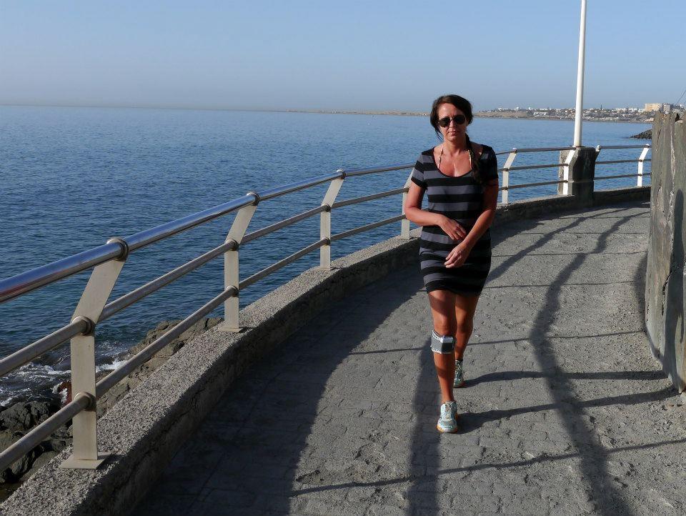 På den første turen til San Agustin i  2013, var m orgenturer min faste rutine.På min høyre fot, den elektriske skinnen. Selv om det ser greit ut på bildet, så var turene nokså strabasiøse.Foto: Bente Cecile Bergan.