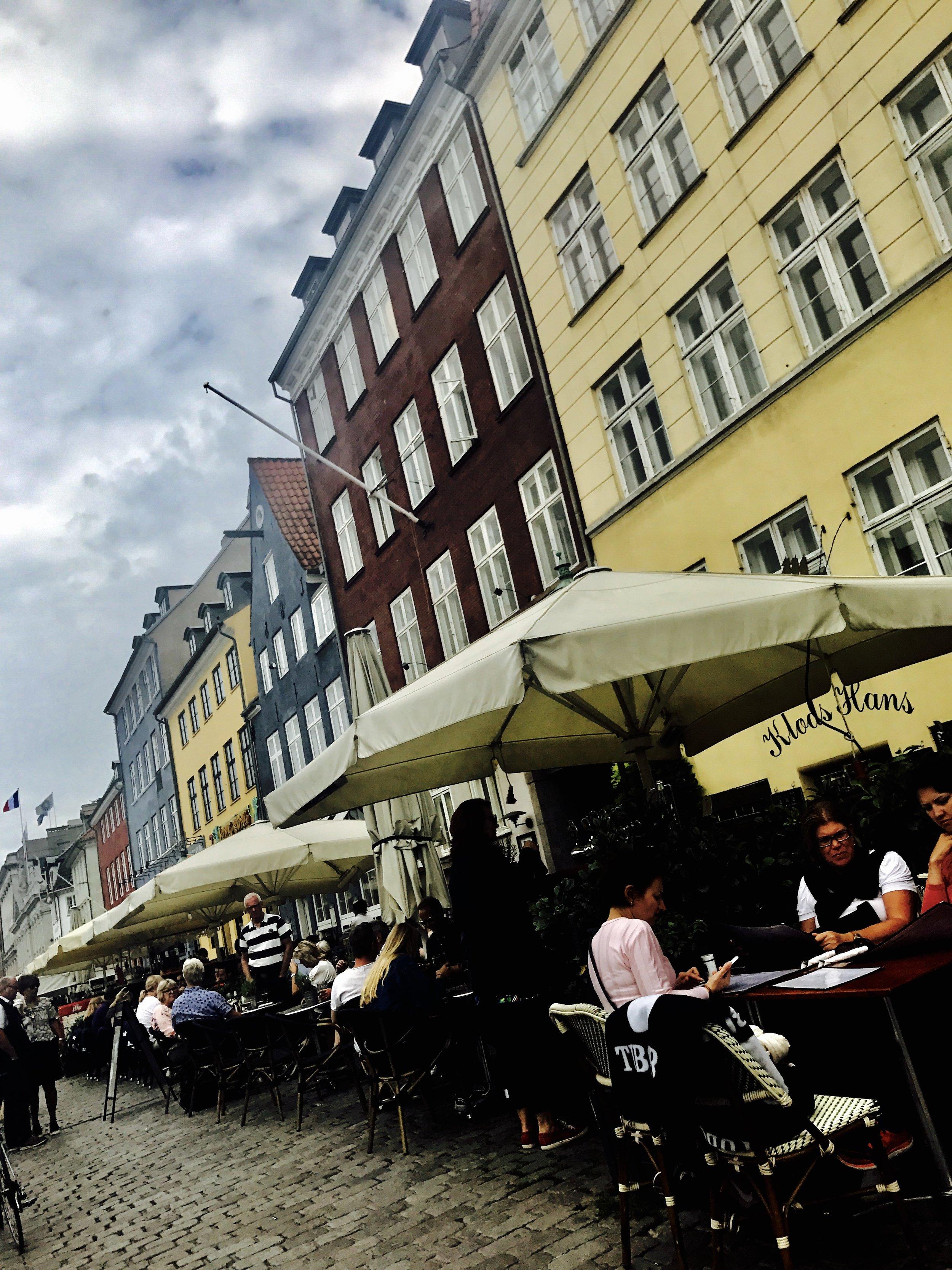Lunsj i Nyhavn.