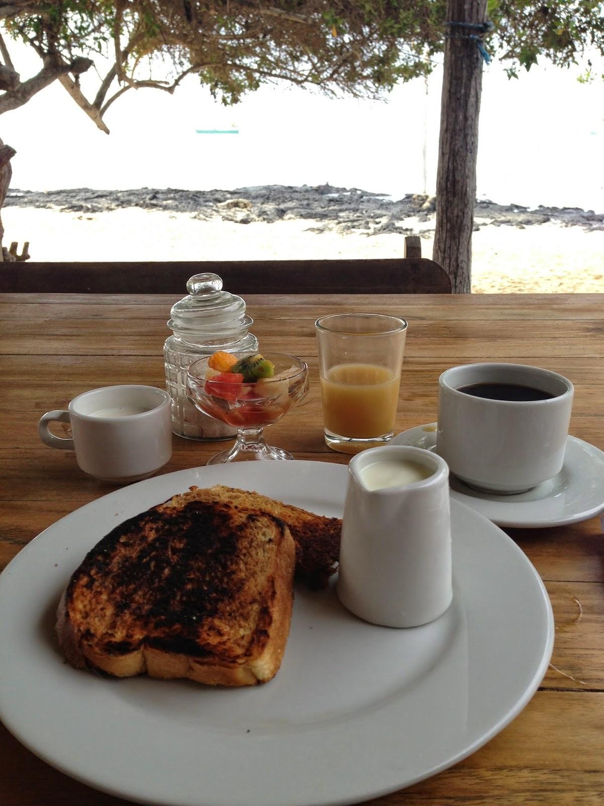 Caleta Iguana Breakfast