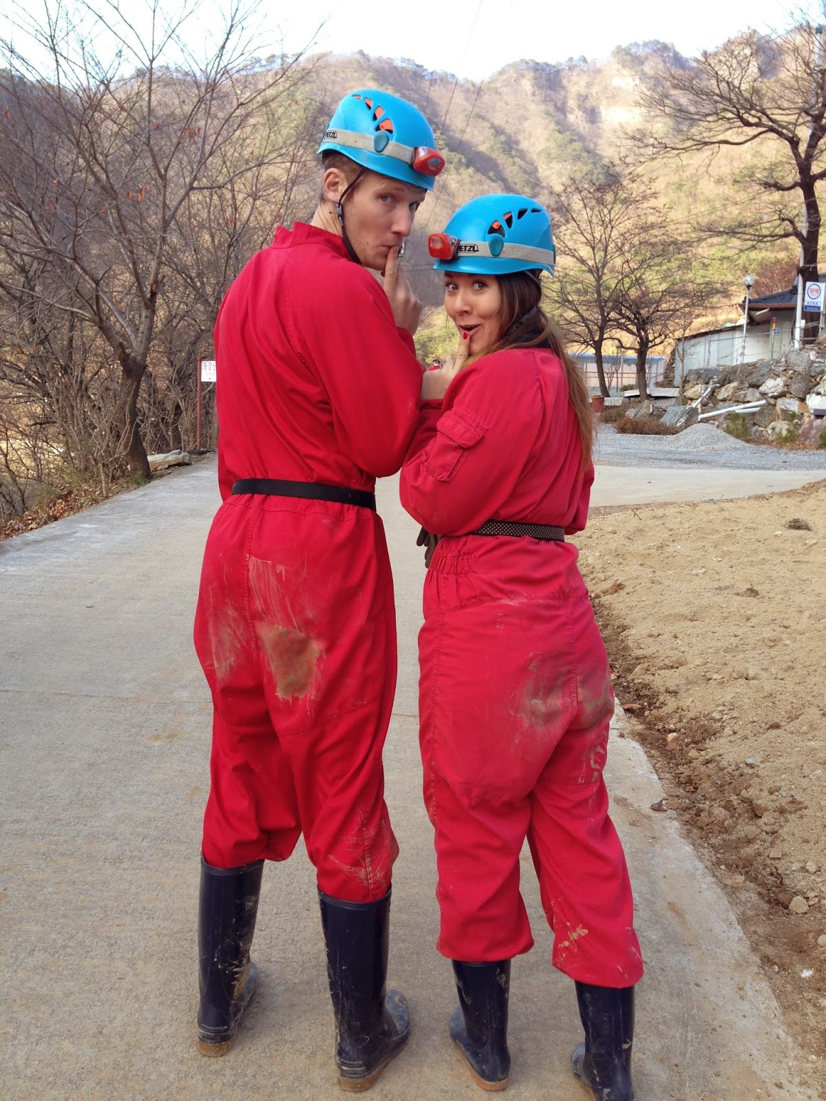 It was a good thing they gave us jumpsuits, because all the crawling on the cave floors left us pretty dirty!