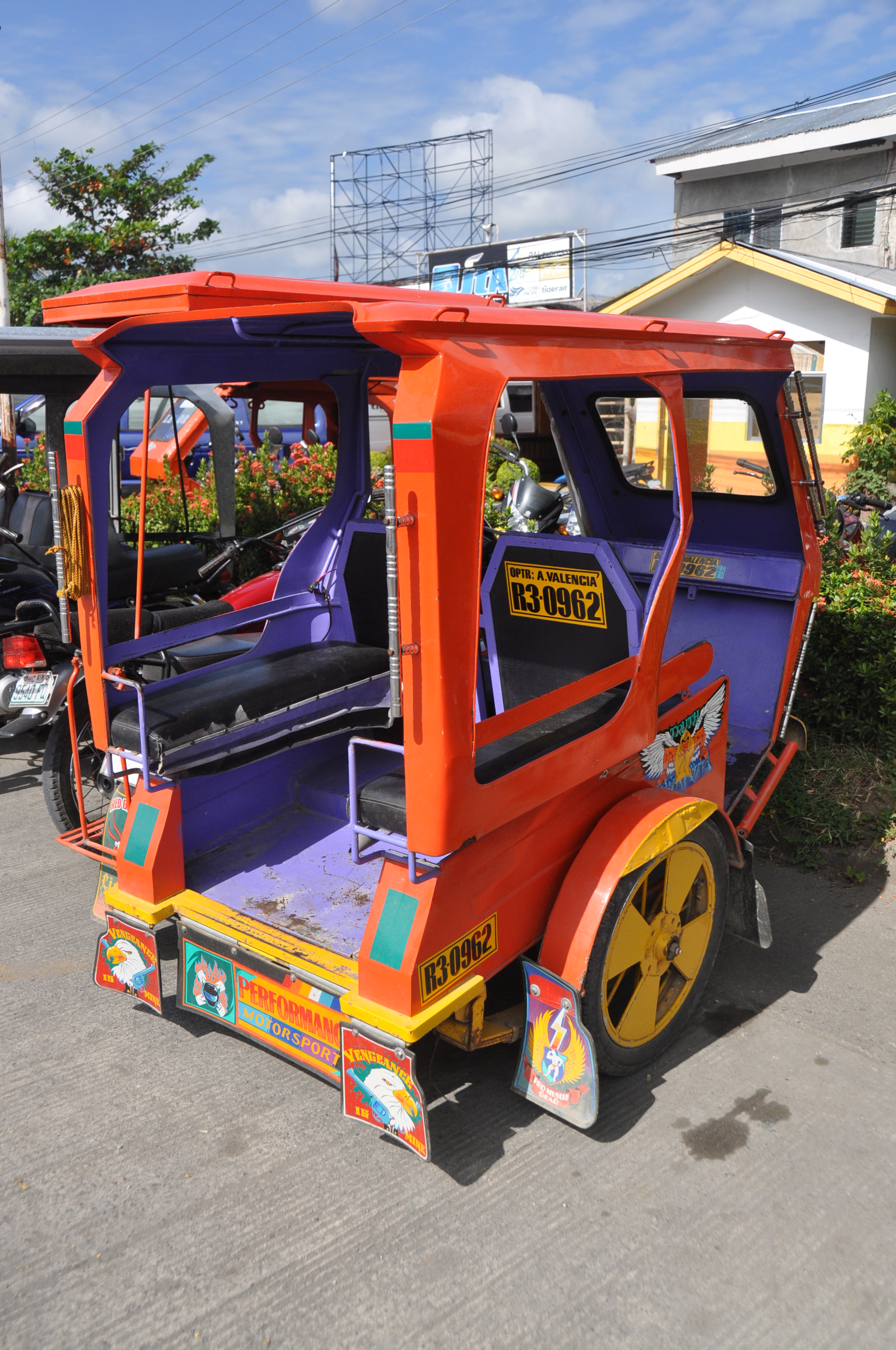 Philippines Tricycle Budget less than $50 per day Airplane