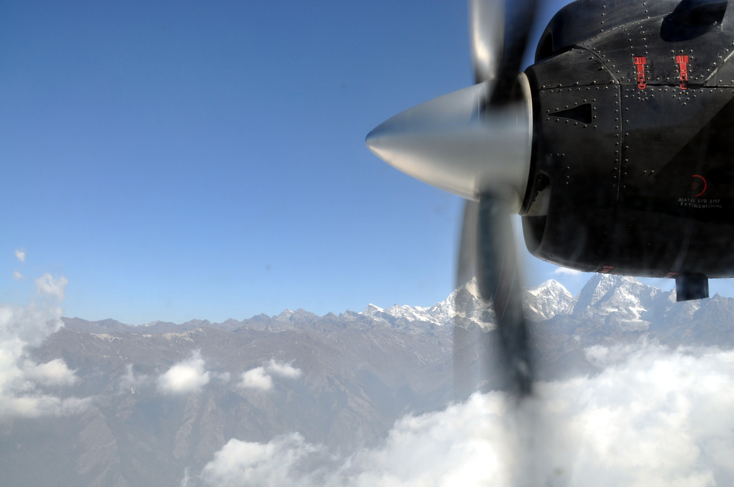 Airplane Propeller Perfect Everest Base Camp Trekking Itinerary