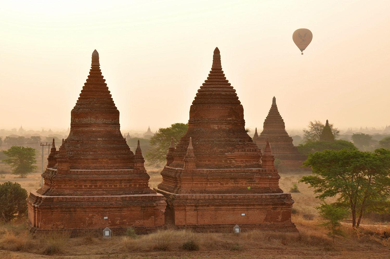 Bagan Temples best sunrise