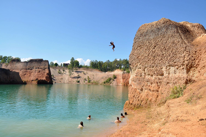 Cliff Jumping Chiang Mai Thailand