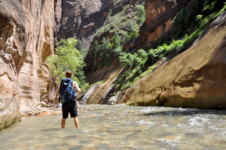 Backpack Utah Mighty 5 National Parks