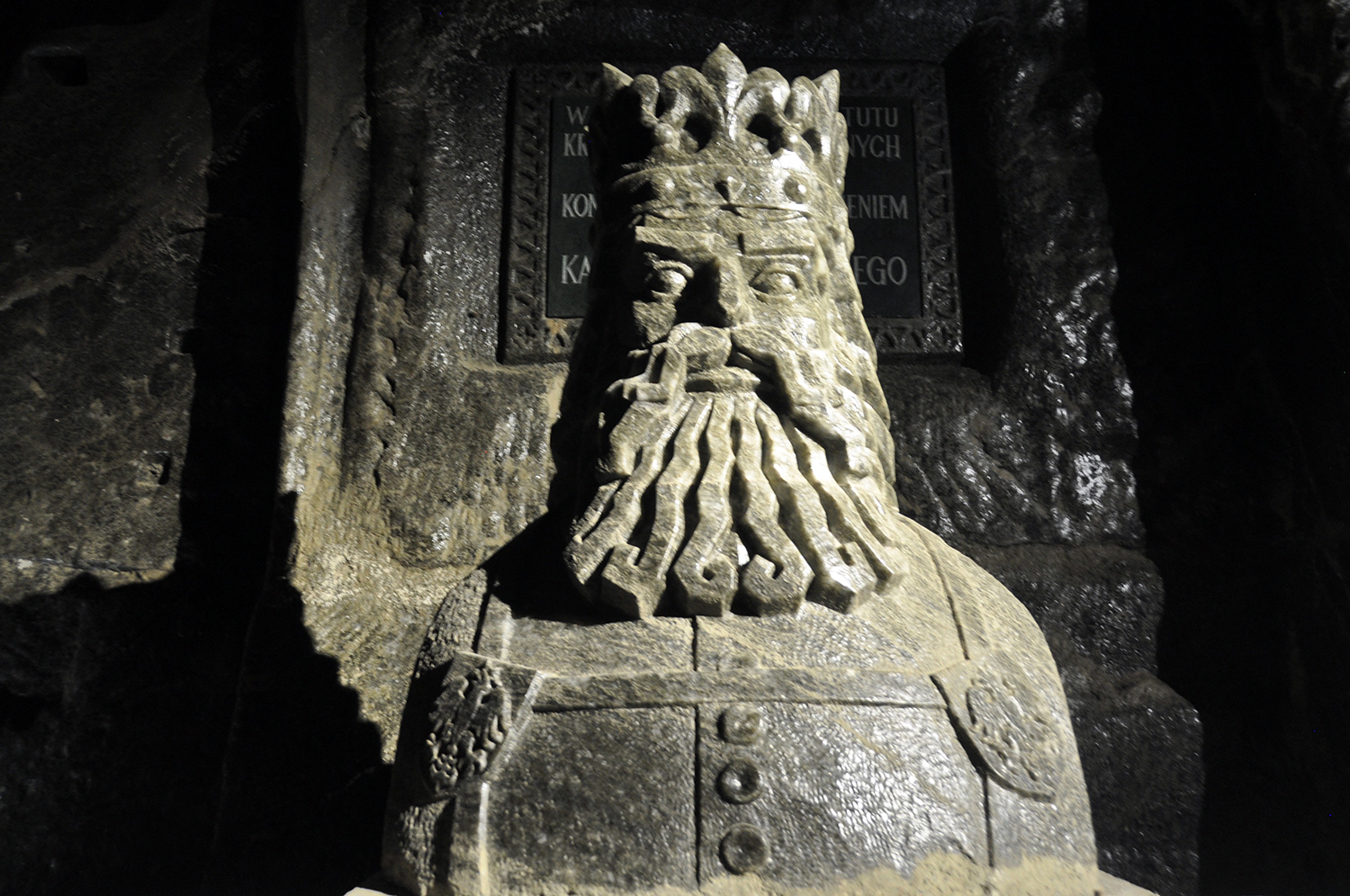 Poland Travel guide Wieliczka Salt Mine Salt King Statue