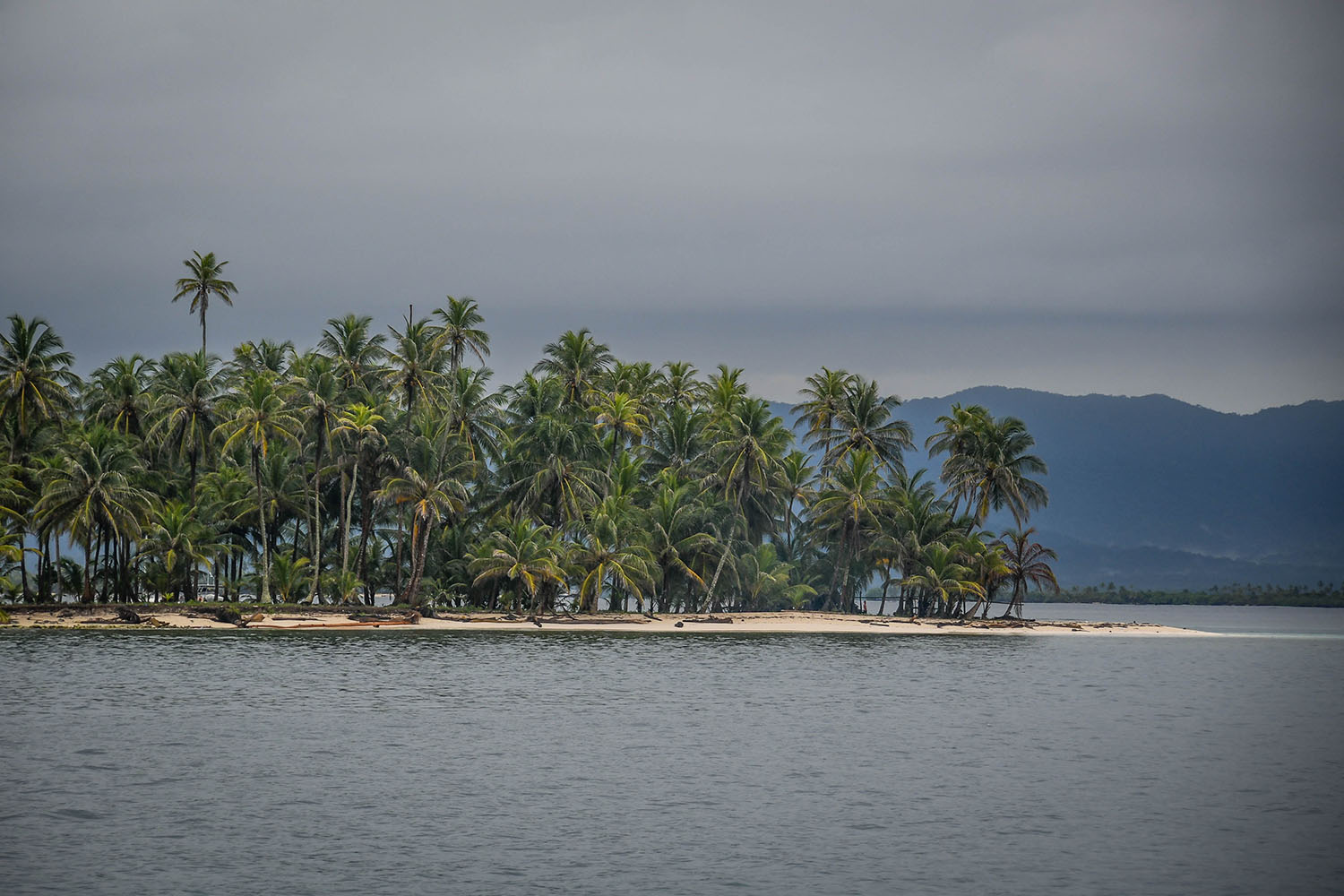 San Blas Islands Panama to Colombia Sandy Island