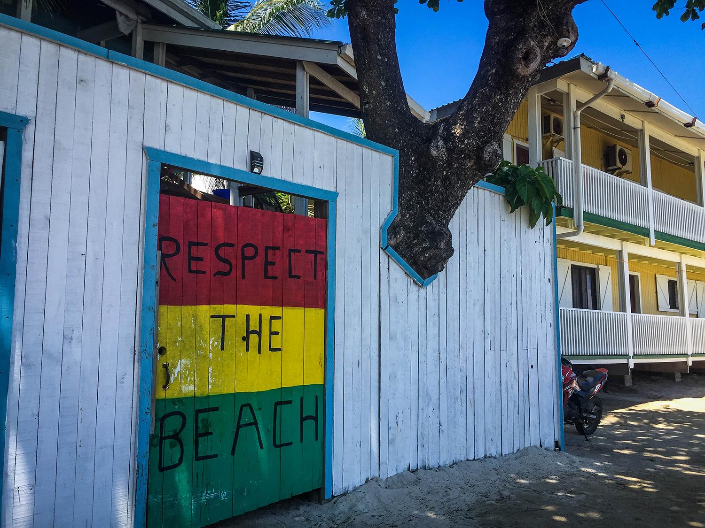 Roatan vs Utila Respect the beach