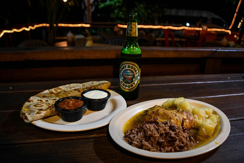 Roatan vs. Utila Honduras Bay Island Cafe Escondido