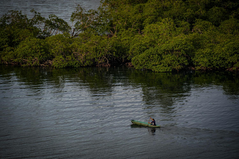 Bocas Del Toro Tranquilo Bay Canoe