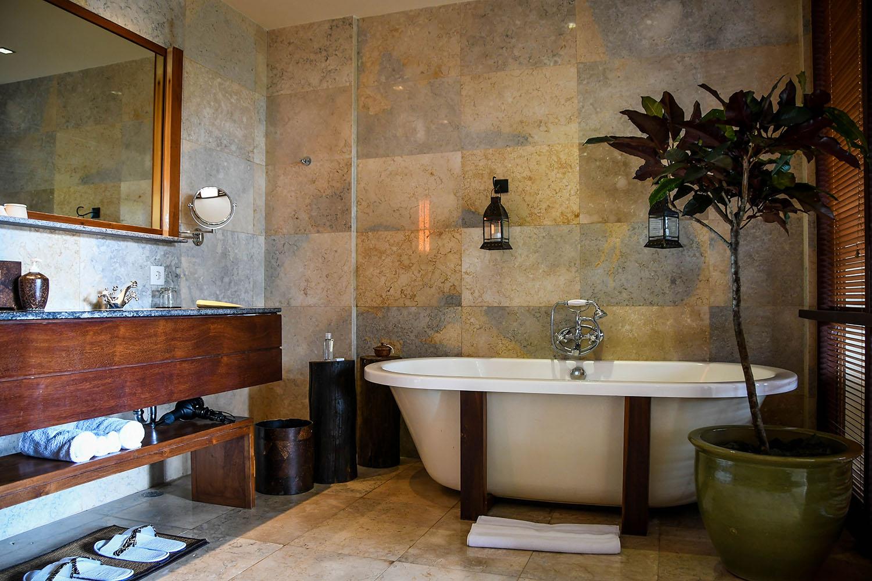 Komaneka at Bisma Ubud Resort Review Suite Bathroom