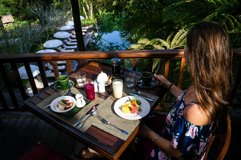 Komaneka at Bisma Ubud Resort Review Breakfast and Pool