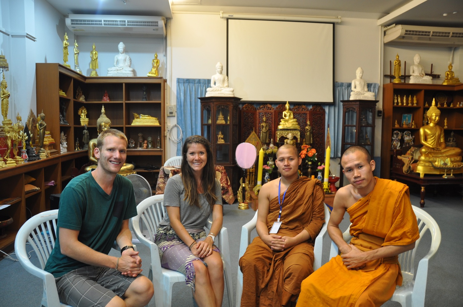 Monk Chat near Wat Suan Dok Temple: Unique Things to do in Chiang Mai