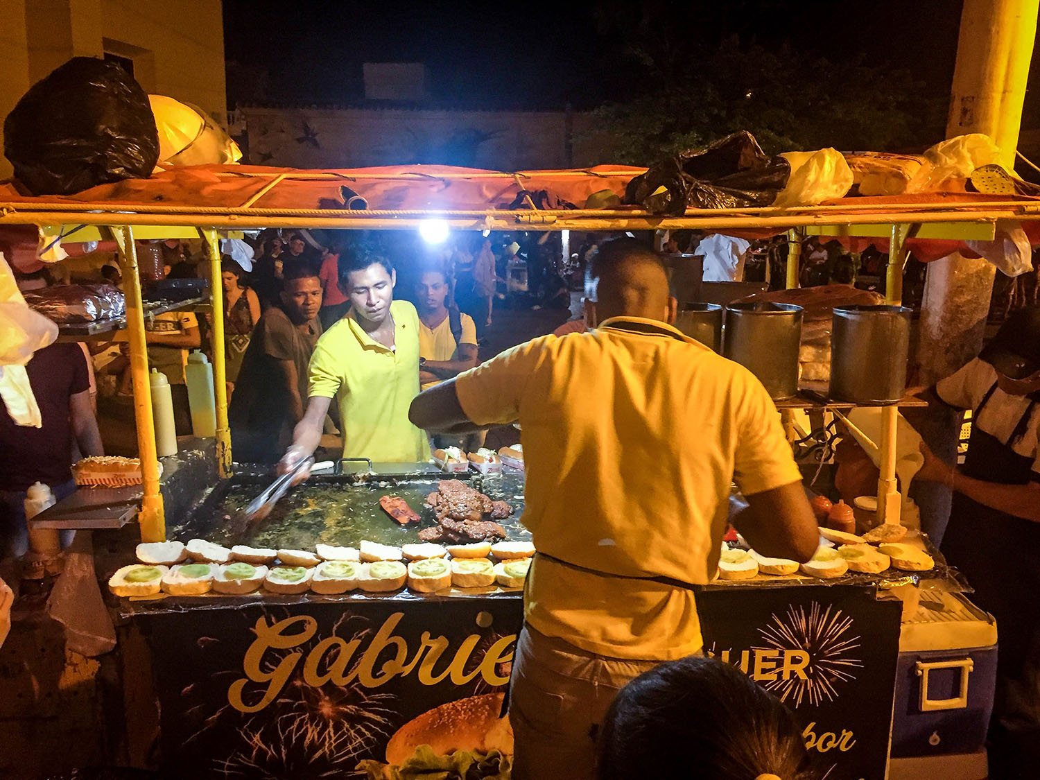 Things to do in Cartagena Colombian street burger