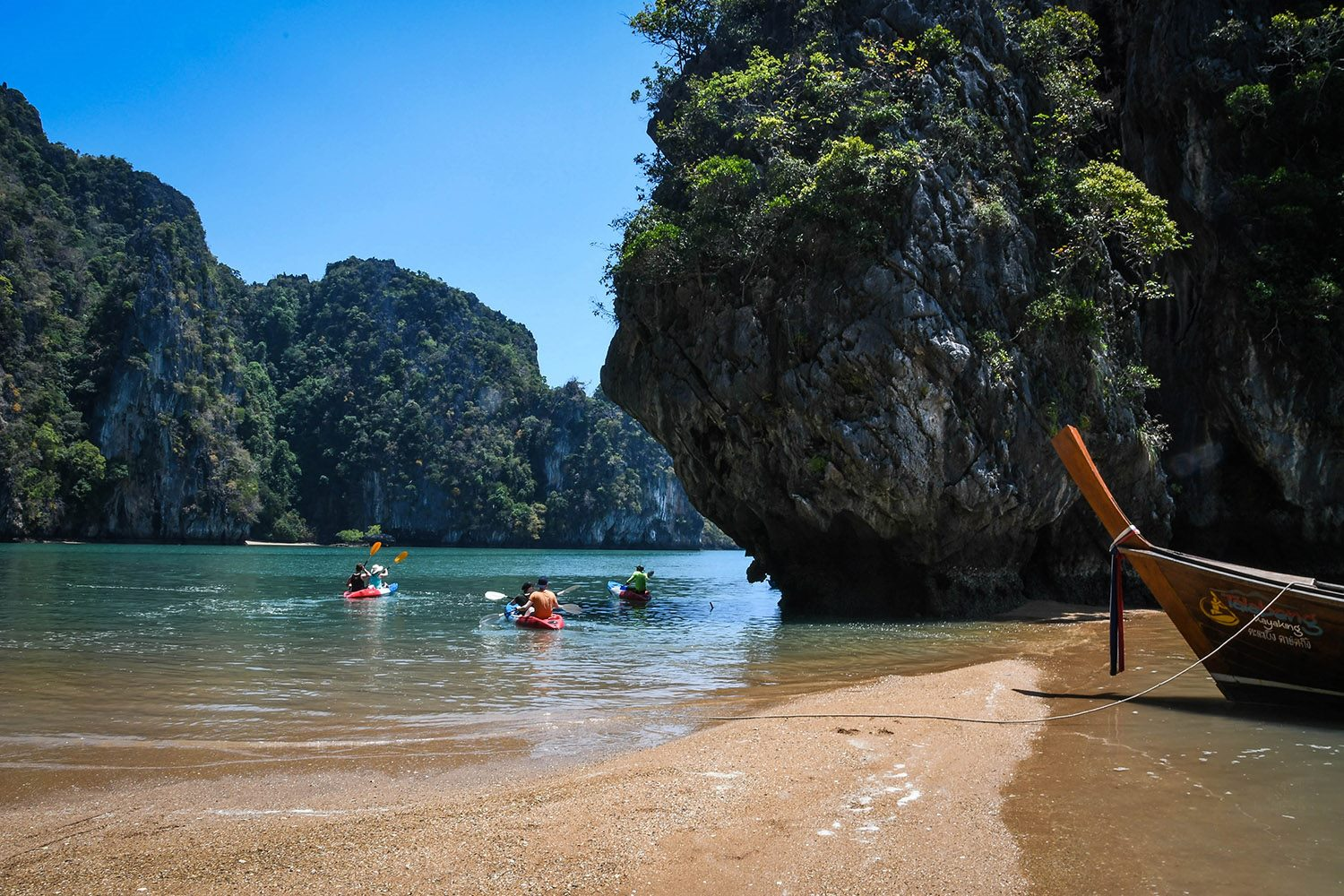 Things to do in Koh Lanta Thailand sea kayaking