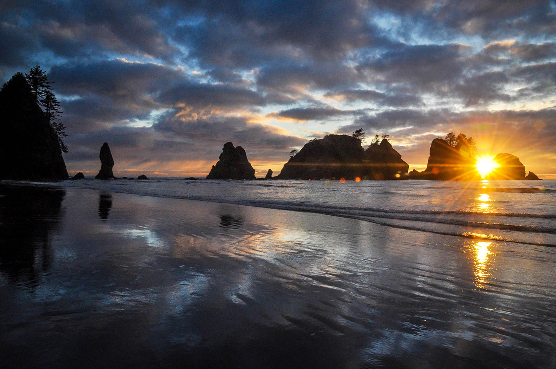 Best Things to Do in Washington State Shi Shi Beach Sunset