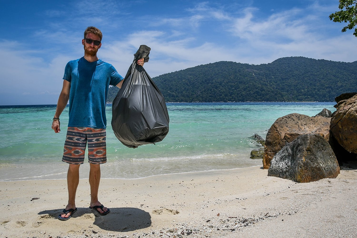 Sustainable Travel Thailand Tips Beach Clean Up Trash Hero