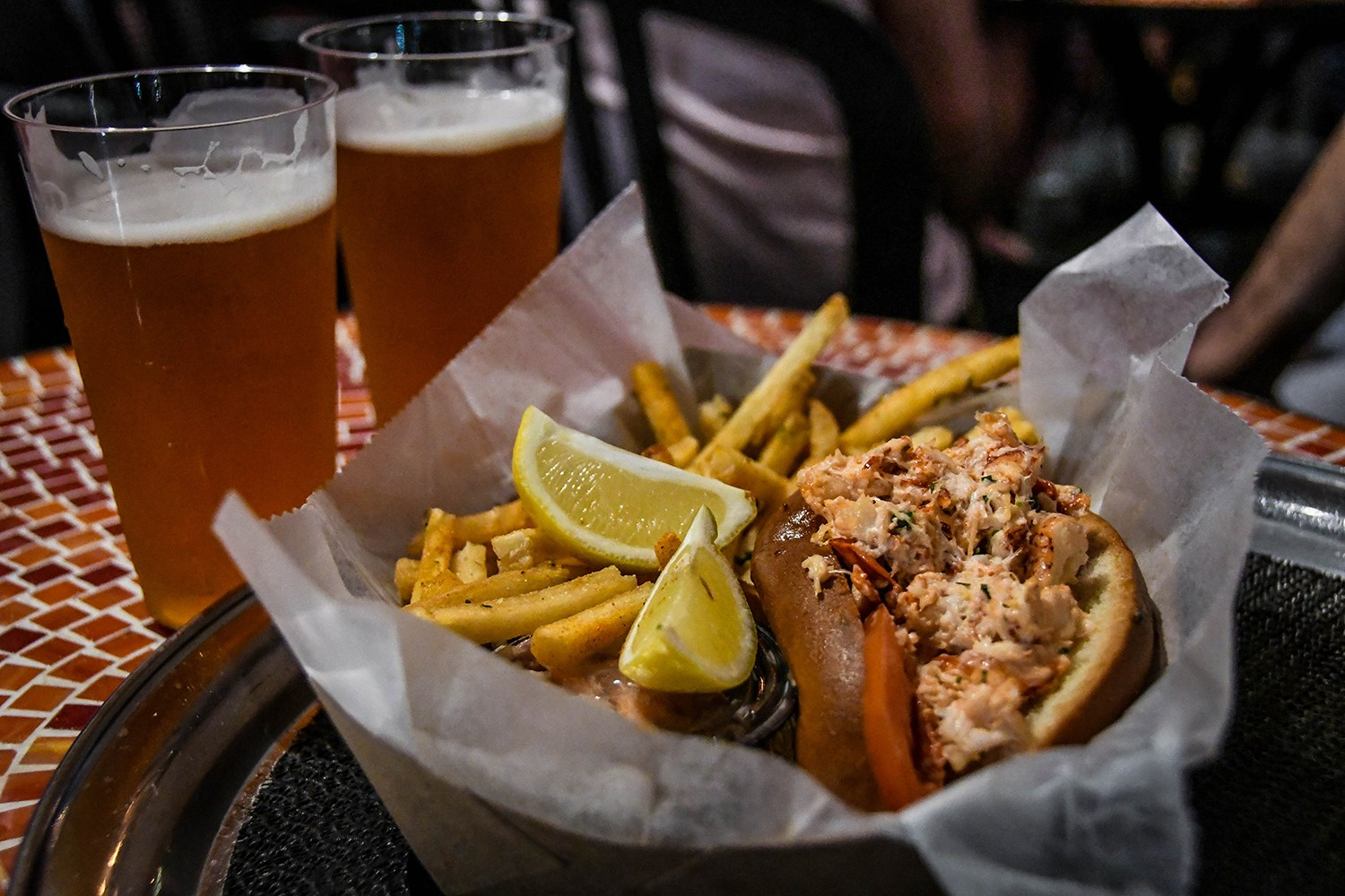 Things to Do in New York City The Frying Pan Lobster Roll
