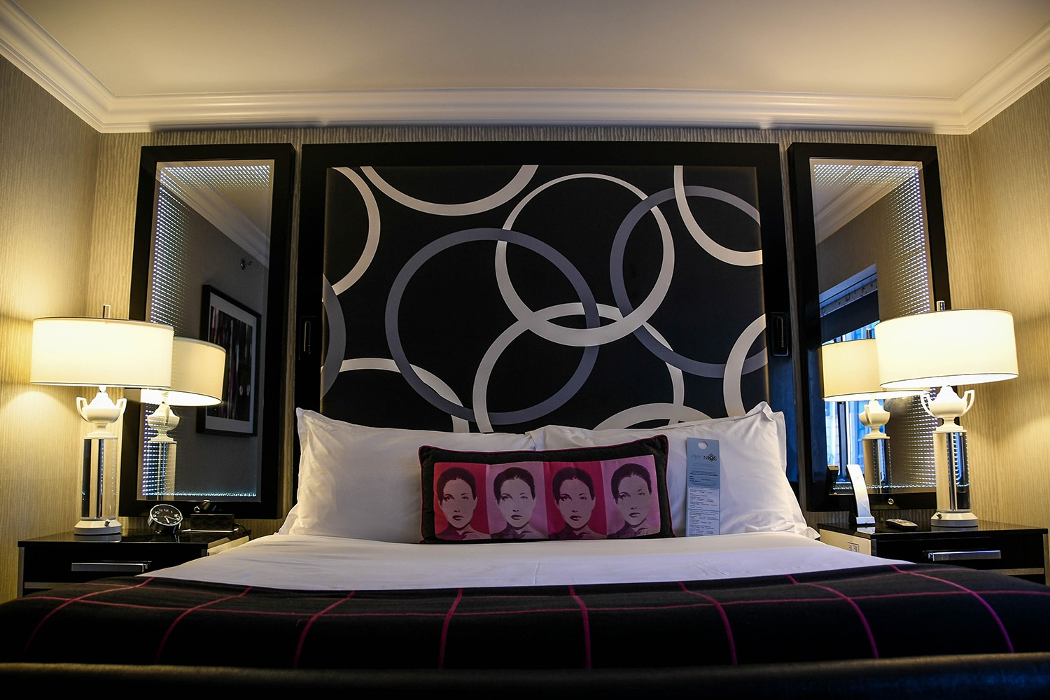 Kimpton Muse Hotel Bedroom