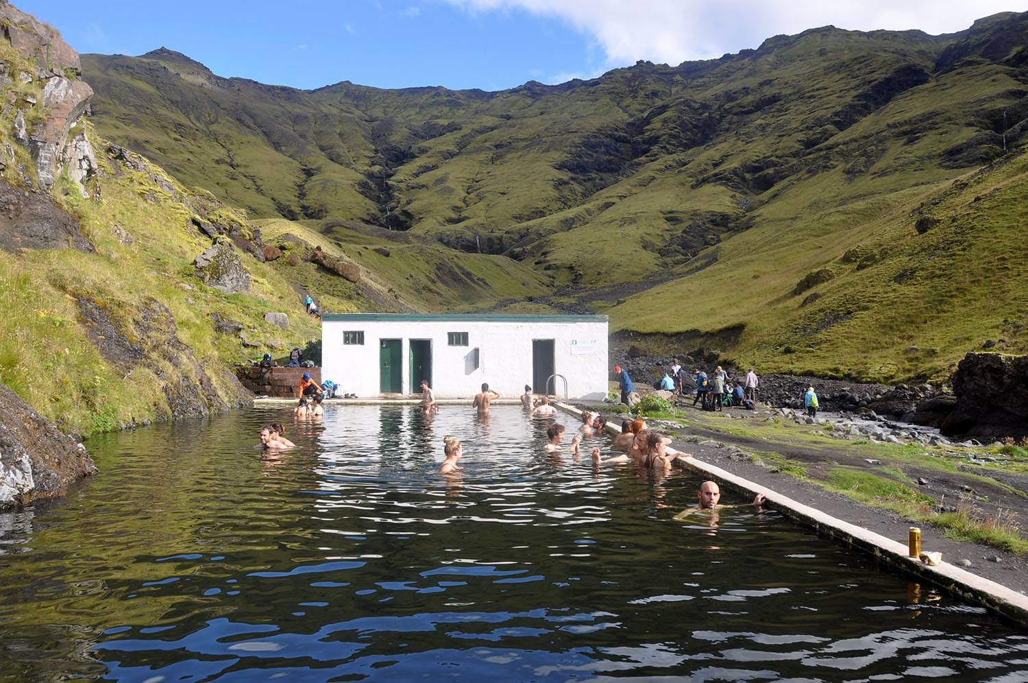 Local Swimming Pool Iceland Budget Tips