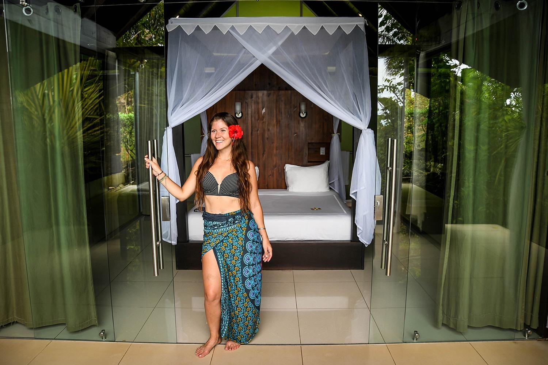 Make Money Travel Blogging Free Hotel Stays