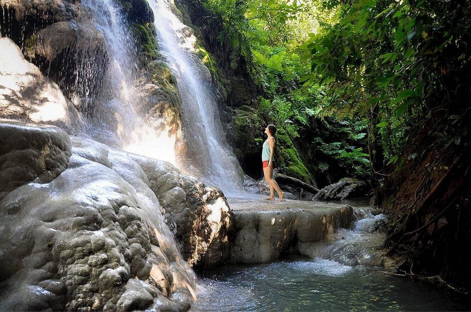 Sticky Waterfalls Chiang Mai Sustainable Travel