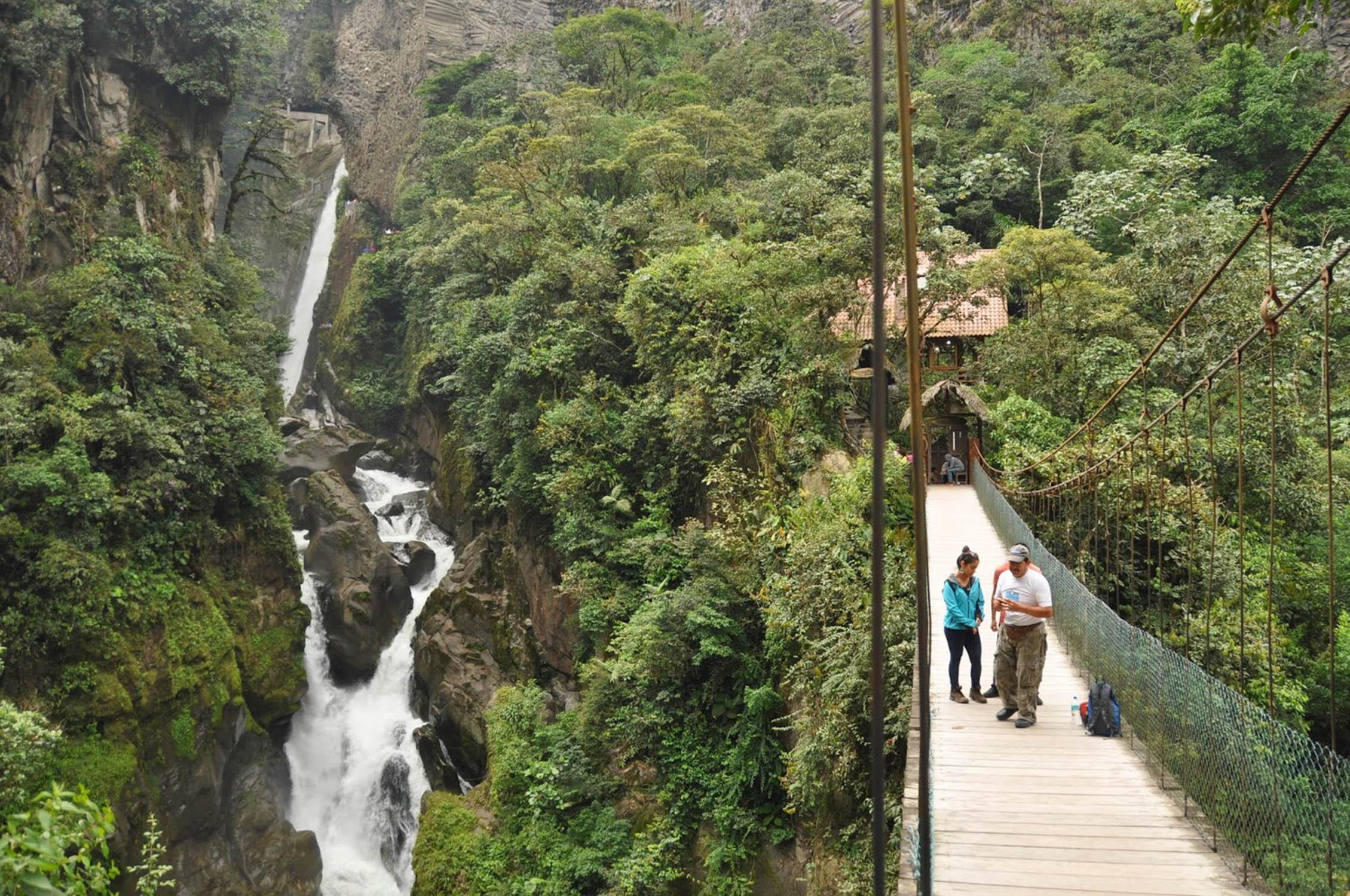 Routa de las Cascadas Banos Ecuador