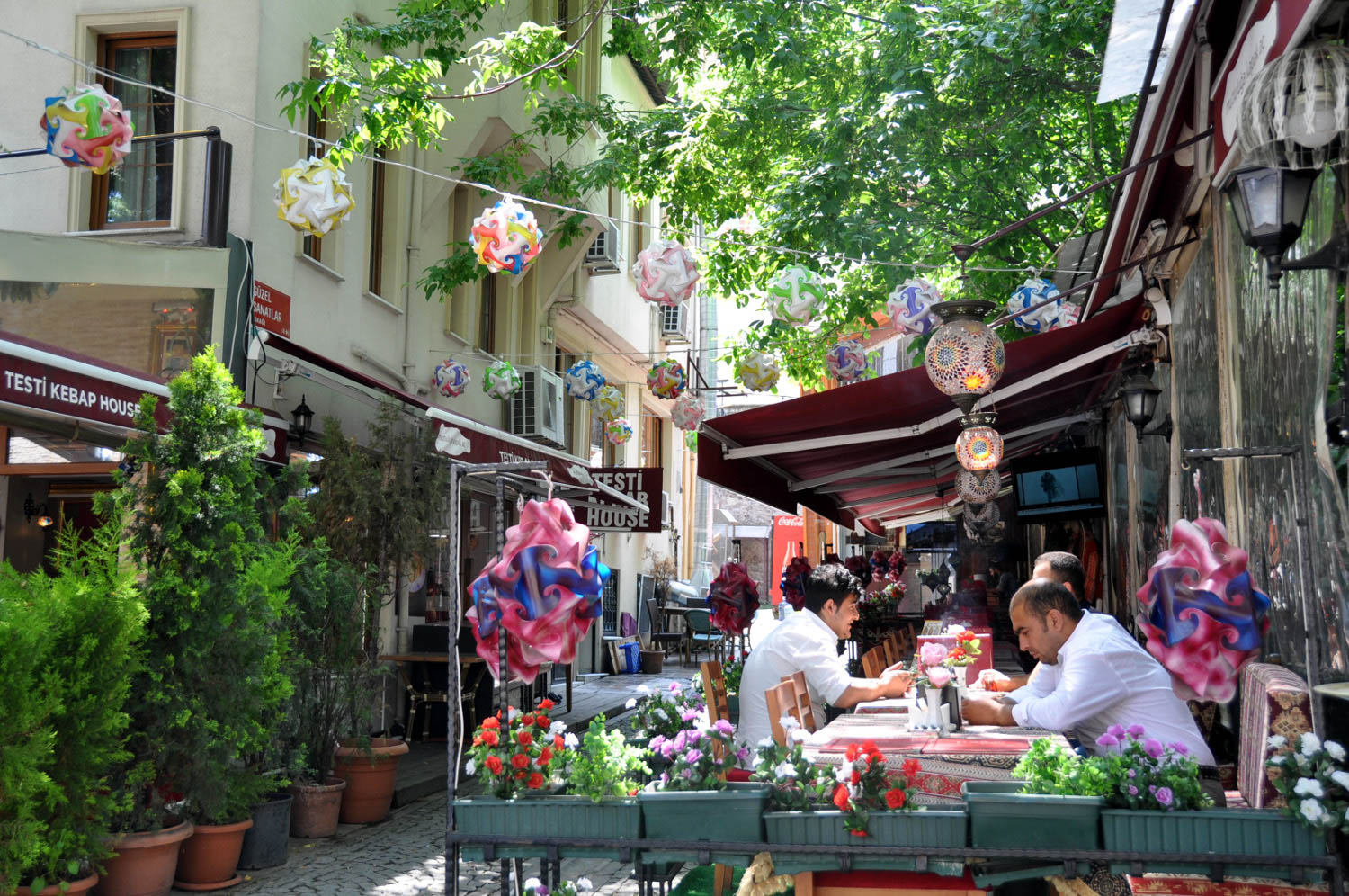Things to Do in Istanbul | Explore Different Neighborhoods