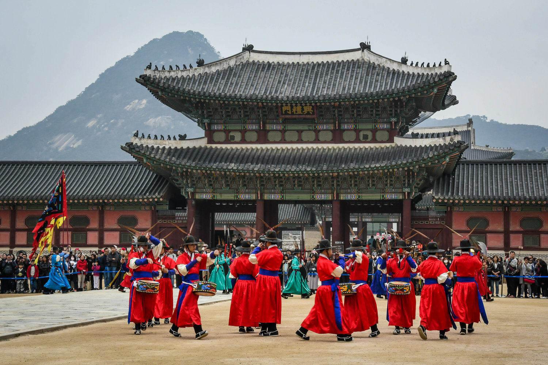 Countries to Teach English South Korea Temple