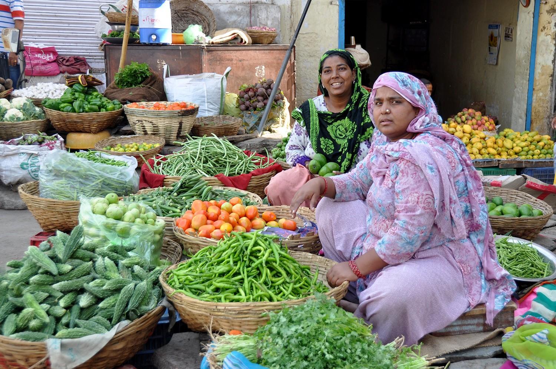 Women selling vegetables in India
