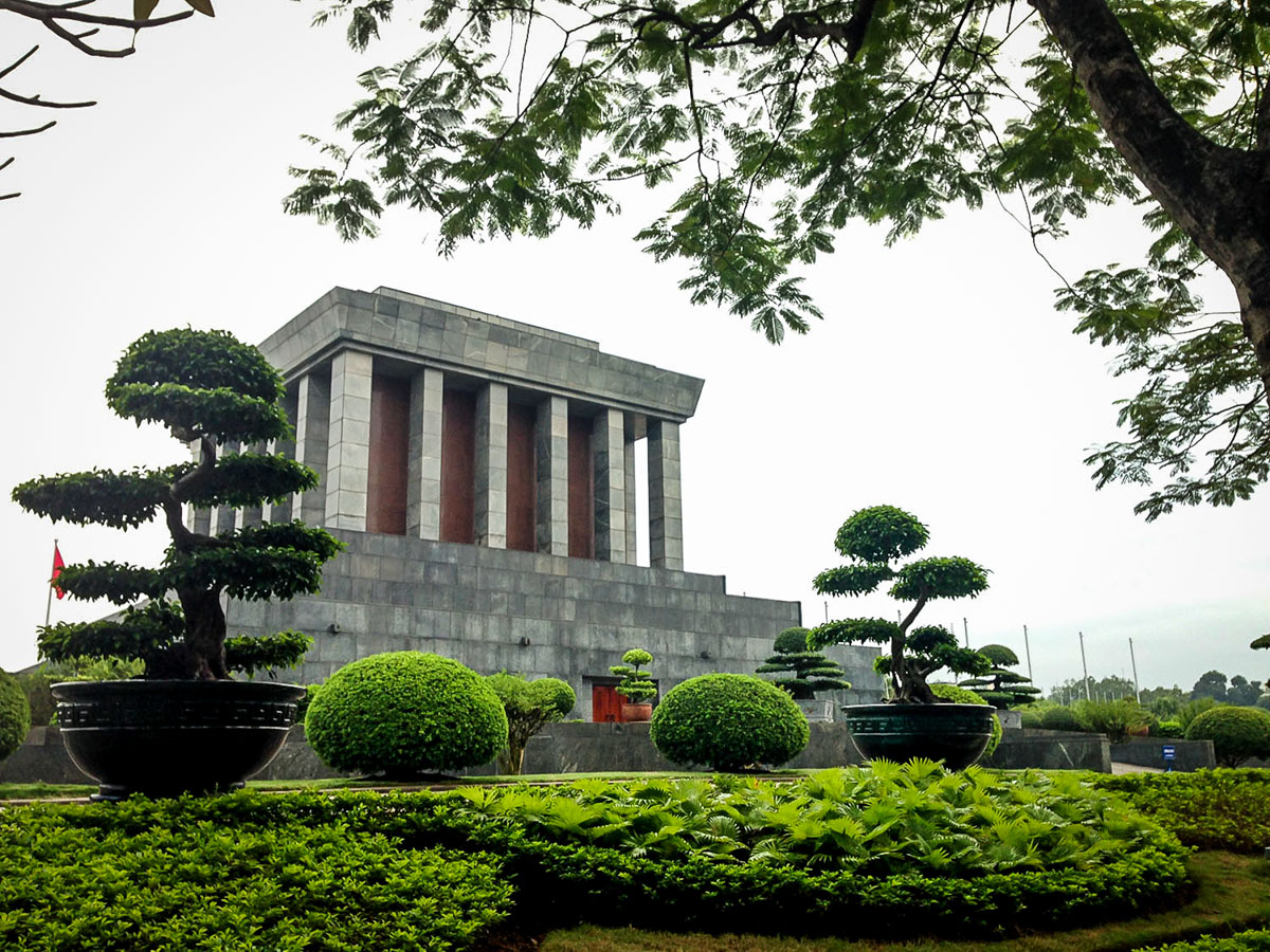 Things to Do in Hanoi | Ho Chi Minh Mausoleum