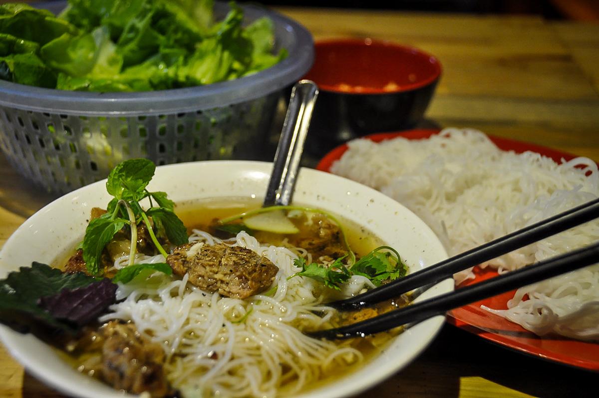 What to eat in Hanoi | Bun Cha Hanoi Vietnam