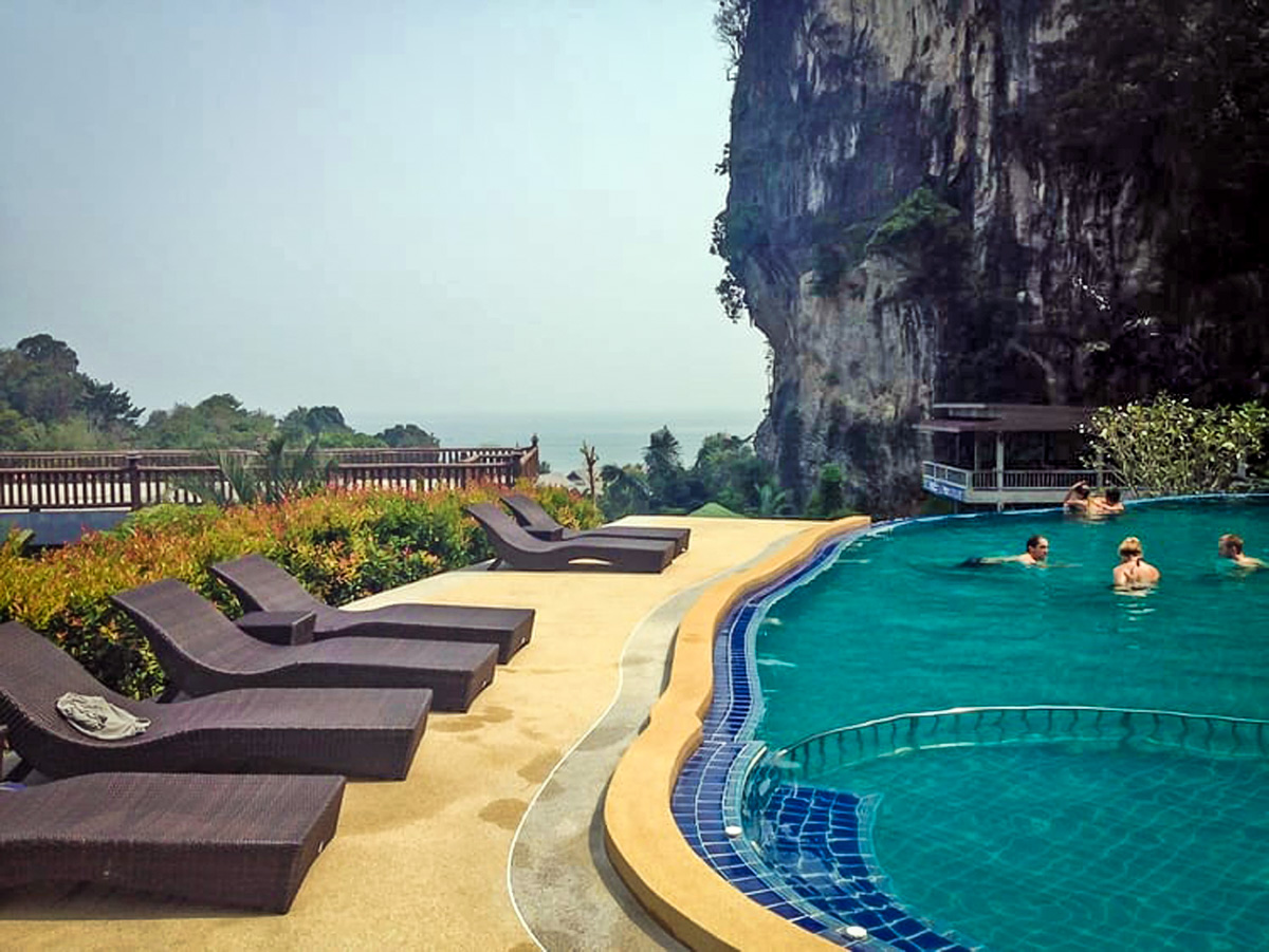Romantic Getaways | Railay Phutawan Resort Thailand