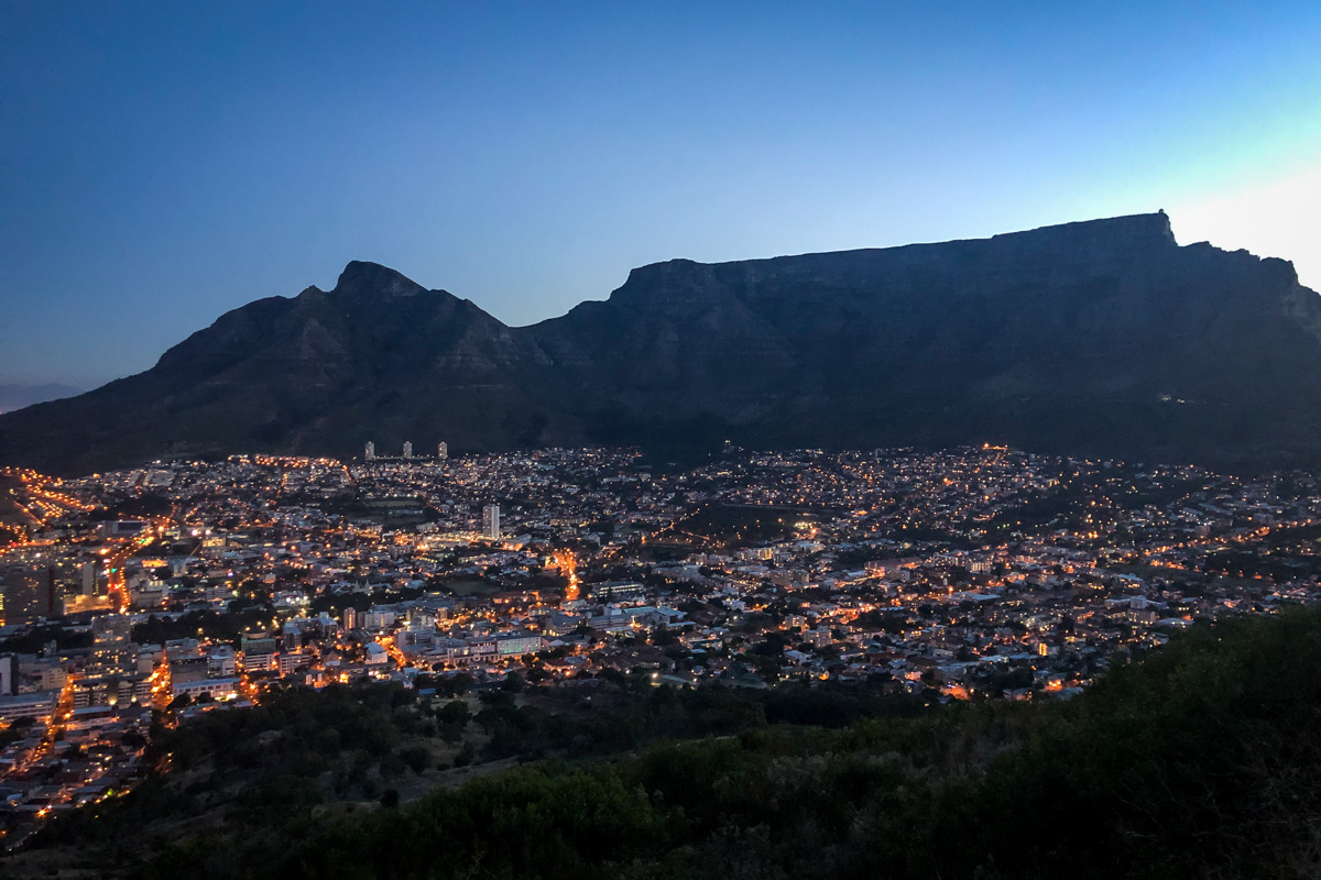 Things to Do in Cape Town   Table Mountain at Sunset