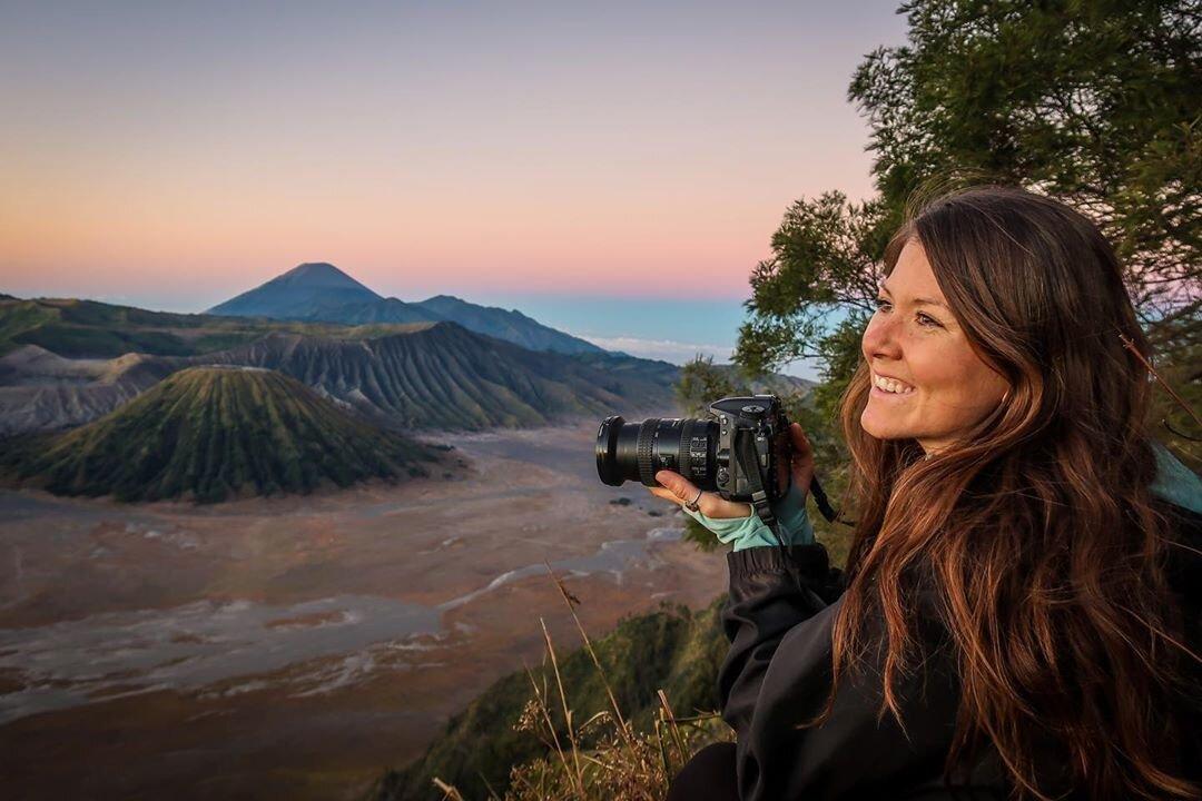 Travel Blog Income Report Q3 East Java Sunrise