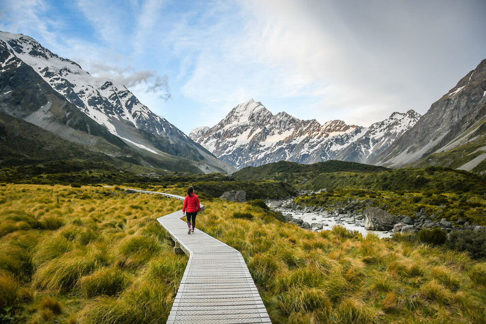 Best Time to Visit New Zealand | Hooker Valley Track