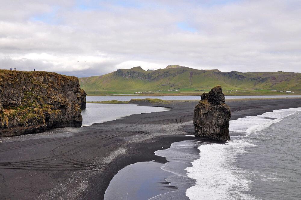Best Time to Visit Iceland | Reynisfjara Black Sand Beach