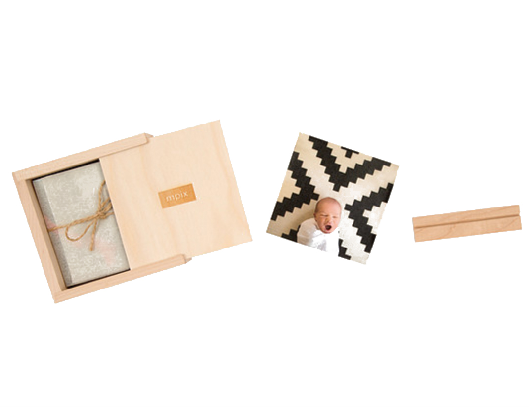 MPIX Thumbprint Photo Box