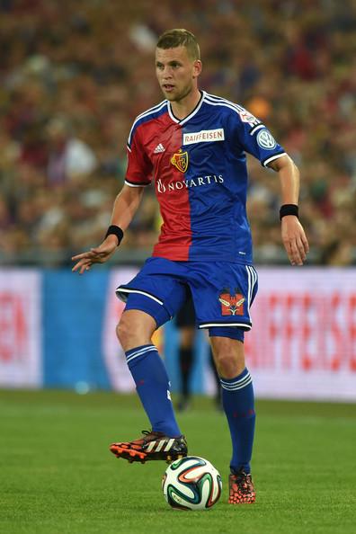 Fabian+Frei+FC+Basel+v+FC+Zurich+t2wZpfOWsrQl.jpg