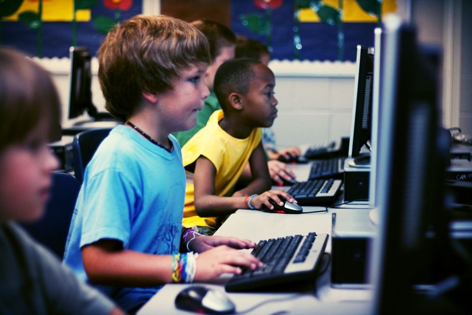 Pc-Young-Boy-Learning-Computer-Education-Students-99506.jpg