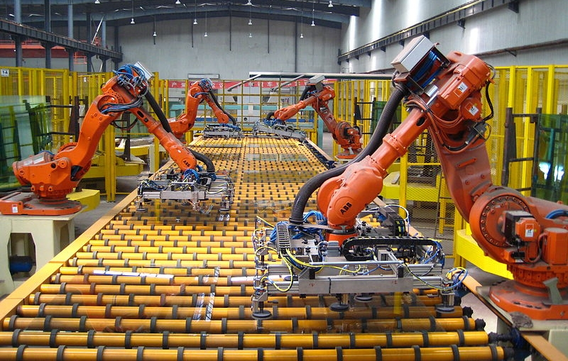 What are the skills that are going to be central in the automated future? A new paper discusses the implications of artificial intelligence in the way we live, learn and work. - Photo:ICAPlants