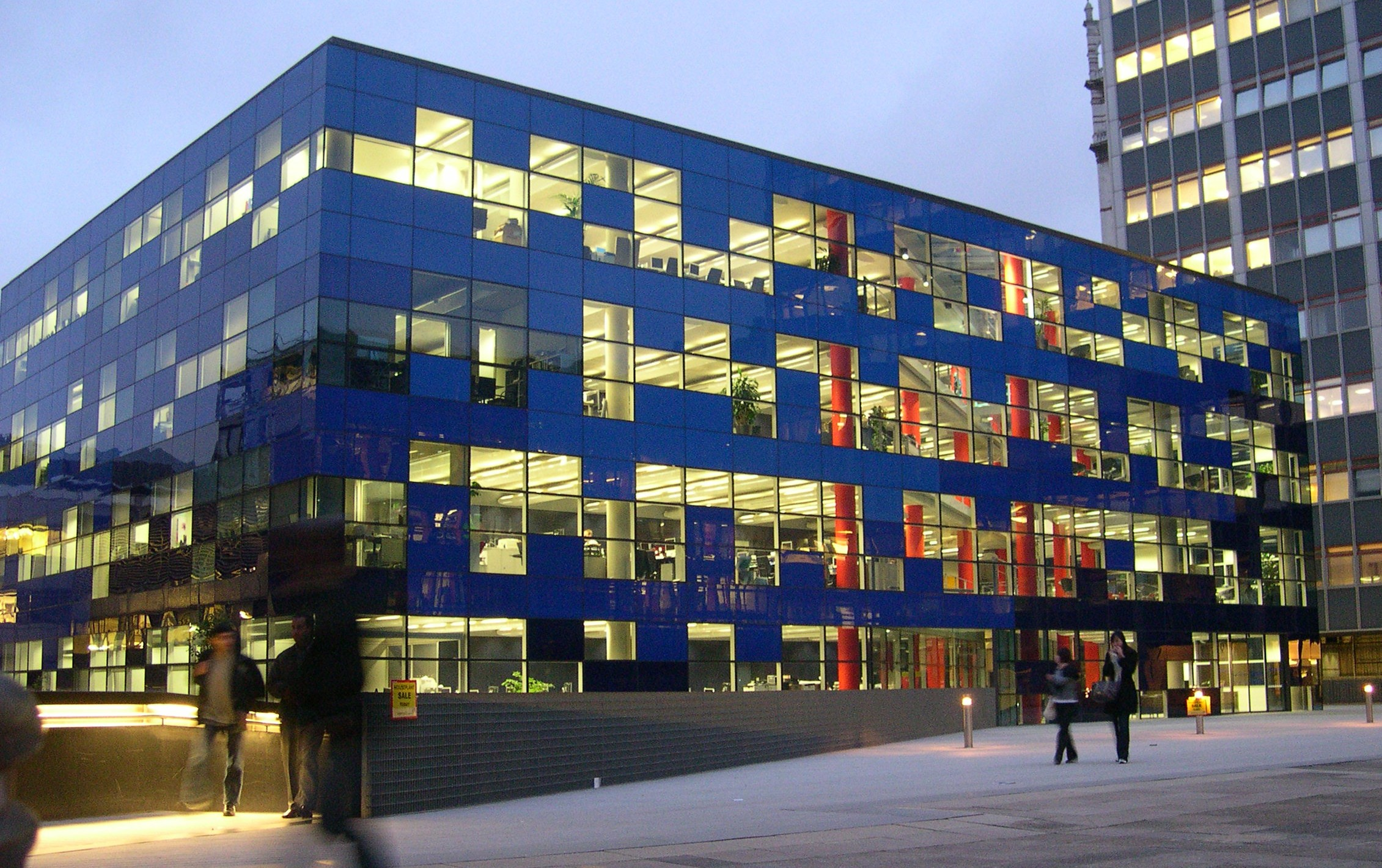 The Imperial College London, one of the top STEM universities in the world, launches specialization to give students a solid foundation in machine learning and AI. -