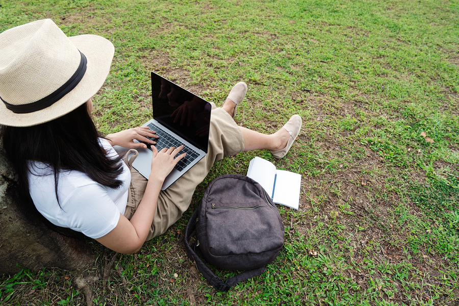 According to a survey, online college students focus on their career, seek specific credentials, and value the time and cost of courses. - Photo: bigstock.com
